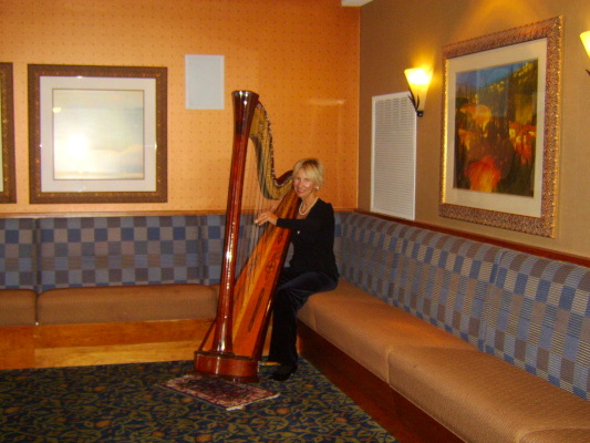 Mary Ellen Holmes with harp